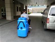 水泥、环氧等粗糙地面油污该怎么处理?能用洗地机保洁吗?