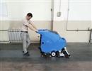 容恩手推洗地机解决大面积场所地面清洁烦恼