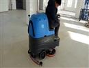 购买驾驶式洗地车的应该注意的事项
